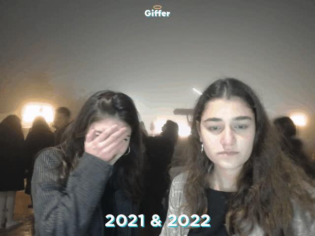 1235648