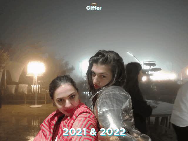 1235754