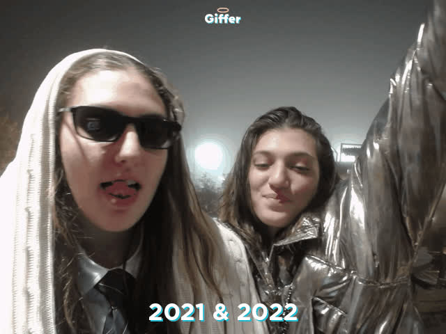 1235749