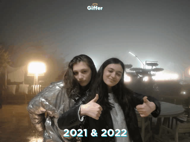 1235744